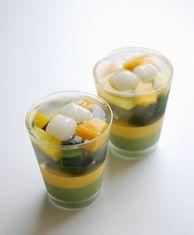 マンゴーと抹茶のパフェ